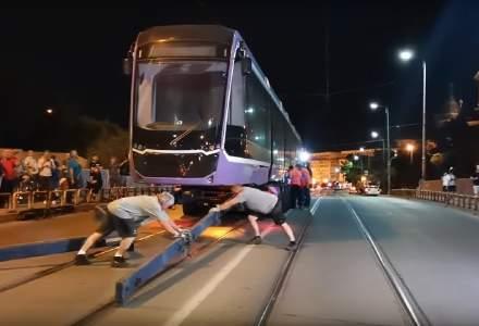 Tramvaiul turcesc de 2 milioane de euro a ajuns la Timişoara