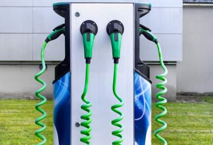 Enel plasează stații de încărcare electrică la 72 de magazine Mega Image