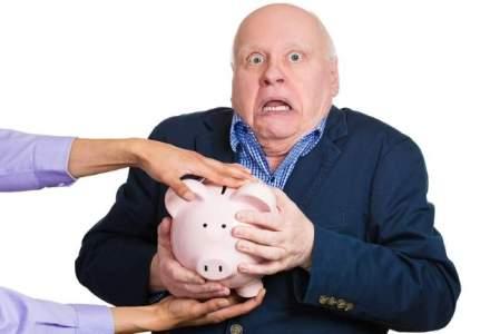 Cum risipeste Fondul de garantare din sistemul de pensii private banii pe salarii