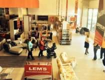 Lem's bifeaza un nou magazin...