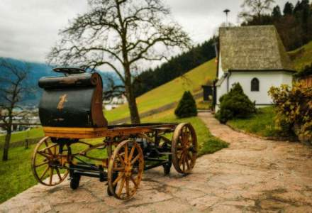 FOTO: Primul Porsche din istorie, descoperit intr-un hambar, intr-o stare remarcabila