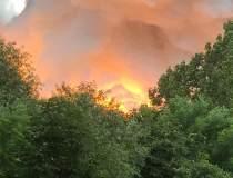Incendiu puternic în...