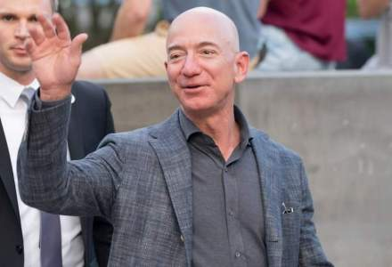 Prima zi fără Jeff Bezos în fruntea Amazon. Cu ce avere a plecat miliardarul după ce a renunțat la funcția de CEO
