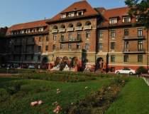 Hotel Triumf, blocul...