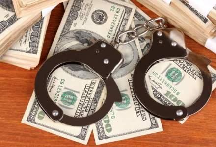 Sase romani gasiti vinovati de fraude bancare au fost condamnati in Statele Unite