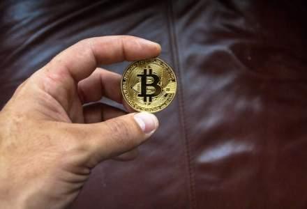 Avertismente sumbre de la un expert: Bitcoin se va prăbuși și ar putea ajunge la 10.000 de dolari