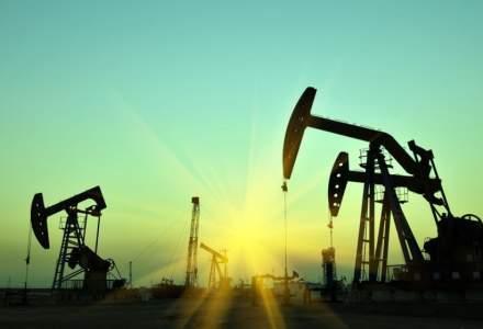 Prețul țițeiului a scăzut puternic, după ce membrii OPEC+ au anunțat majorarea producției