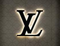 Louis Vuitton lansează o boxă...