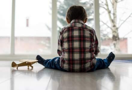 Studiu: Aproximativ 1,5 mil. de copii și-au pierdut un parinte sau un îngrijitor din cauza COVID-19