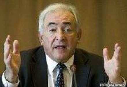 FMI critica Ucraina pentru majorarea salariului minim cu 11%
