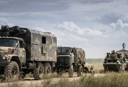 Sub pretextul luptei cu inundaţiile, Rusia a transferat în Crimeea 21.000 de militari ai trupelor speciale