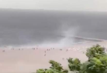 O furtună puternică a făcut ravagii pe litoral