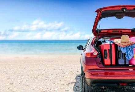 Turistul din București care și-a parcat mașina pe nisipul plajei din Saturn. Ce amendă a primit