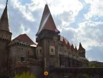 Castelul Huniazilor, primul...