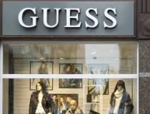 Guess deschide primul magazin...