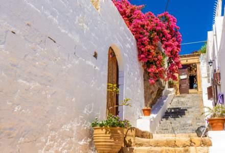ECDC: Grecia e în zona roșie. Ce se va întâmpla cu turiștii români întorși în țară