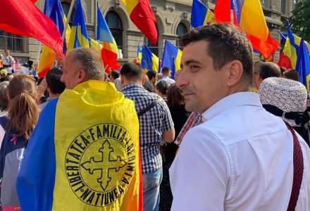 VIDEO | Proteste în Piața Universității: zeci de români sunt nemulțumiți de posibilele restricții pentru nevaccinați