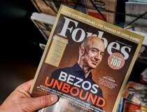 Jeff Bezos oferă NASA două...