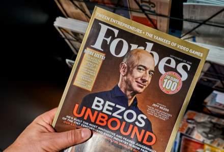 Bătălia magnaților: Jeff Bezos oferă NASA două miliarde de dolari în schimbul unui contract pentru compania sa, Blue Origin