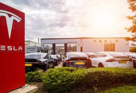 Tesla obține primele două locuri în vânzările globale de vehicule electrice