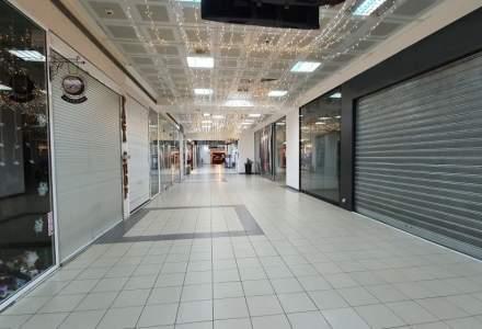 Pandemia a afectat de două ori mai mult mall-urile decât parcurile de retail