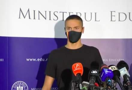 VIDEO Înotătorul David Popovici, premiat de Ministerul Educaţiei