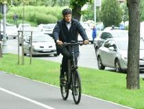 Klaus Iohannis, pe bicicletă...
