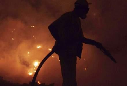 Încă un incendiu de proporții în România: Pompierii din Mureș s-au luptat cinci ore cu flăcările
