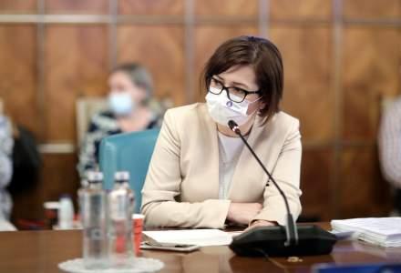 Ioana Mihăilă: Cei care se vaccinează anti-COVID vor primi bonuri de masă