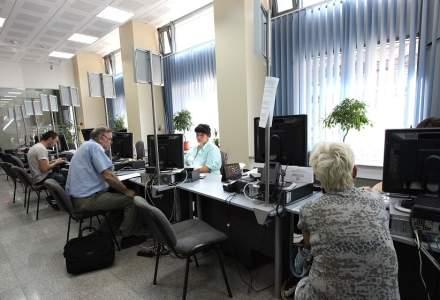 Personalul din casele teritoriale de pensii, suplimentat cu 1.000 de posturi, pentru a ajuta la recalcularea pensiilor