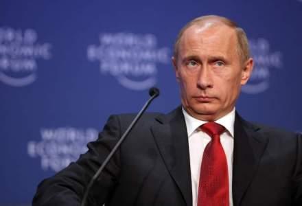 Putin acuza fortele ucrainene ca folosesc artileria in zona unde s-a prabusit avionul MH17