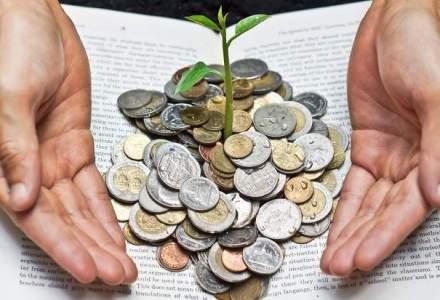Primii pasi in lumea investitiilor: ce carti recomanda managerii din domeniu?