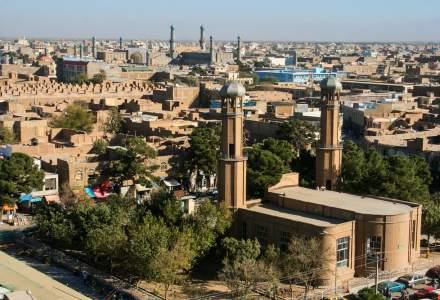 Talibanii au cucerit şi Herat, al treilea oraş al Afganistanului
