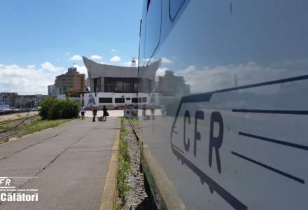 CFR suplimentează trenurile spre litoral. Compania promite reducerea întârzierilor