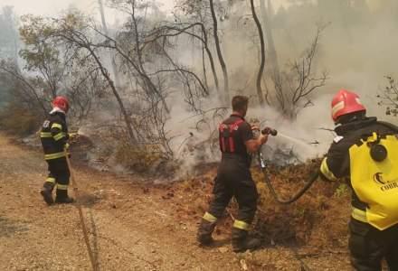 [VIDEO] Pompierii români care au ajutat la stingerea incendiilor din Grecia au fost înaintați în grad