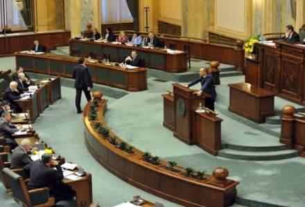 Legea amnistiei si gratierii ar putea fi respinsa astazi de Parlament
