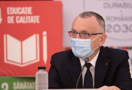 """Ministrul Educației: Profesorii nevaccinați care nu se testează se vor """"odihni puțin"""" când incidența ajunge la 6 la mie"""