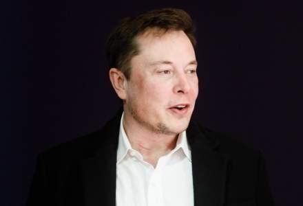 """Elon Musk susține existența unui venit universal de bază și spune că în viitor, """"munca fizică va fi o alegere"""""""