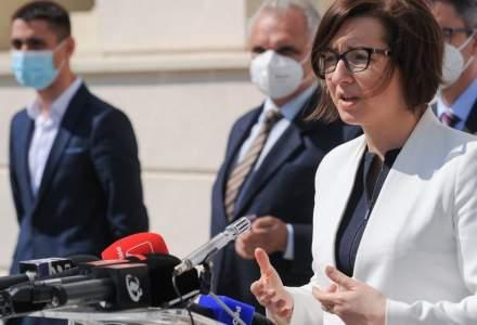 Ministrul Sănătății: Vârful valului patru va fi la sfârșitul lunii septembrie. În cel mai rău scenariu, vom avea 4000 de persoane internate