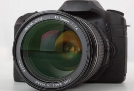 Canon preconizeaza o scadere cu 20-25% a pietei locale a aparatelor foto, de la 230.000 unitati in 2013