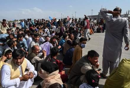 [VIDEO] Explozii în apropierea aeroportului Kabul: peste 80 de persoane au fost ucise
