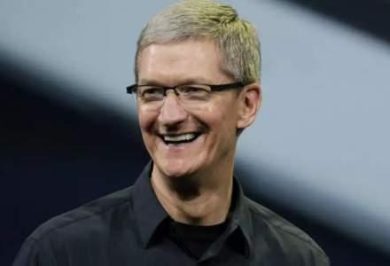 """""""Bonusul"""" colosal primit de Tim Cook pentru împlinirea a 10 ani de când a preluat conducerea Apple"""