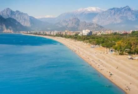 Vacanta la mare turcoaz? Paralela 45 lanseaza trei chartere cu plecare din Chisinau