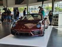 Acesta este noul Porsche 911...