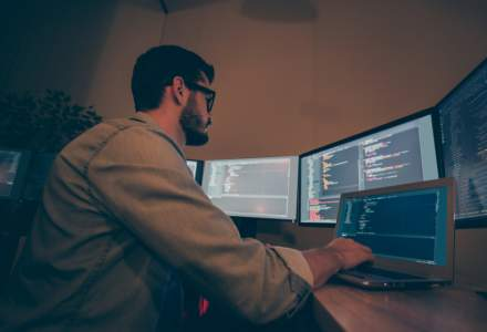 Ce înseamnă low-code și de să faci reconversia profesională către IT prin low-code?
