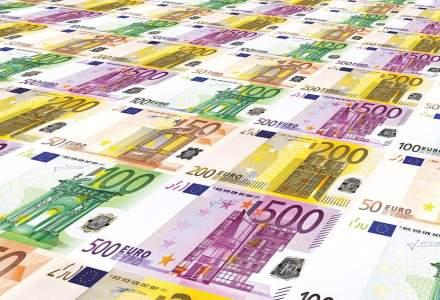 Euro atinge un nou maxim istoric: cu cât a crescut față de ziua precedentă