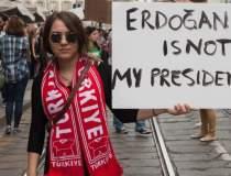 Erdogan, comparat cu...