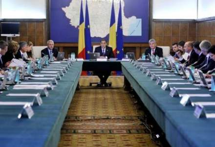 Guvernul va negocia cu expertii FMI si CE un deficit 2-2,1% din PIB pentru co-finantari si armata