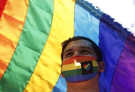 UE ar putea sancționa România pentru că nu a recunoscut căsătoria dintre persoane de același sex