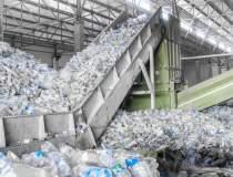 Producătorii de plastic, de...